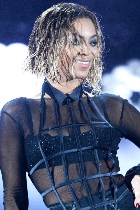 hbz-the-list-wet-hair-beyonce-gettyimages-465283585